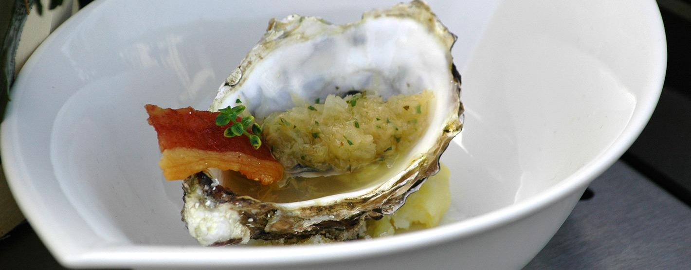 Geräucherte Auster mit Sauerkrautvinaigrette
